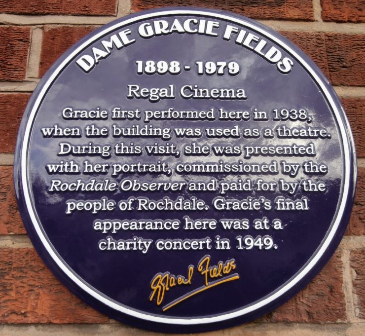 Gracie Fields (1898-1979) Purple Plaque